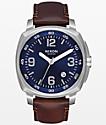 Nixon Charger reloj analógico en azul, cuero y plata