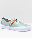 Vans Authentic Decon Lite Muted Metallic zapatos de skate en gris y blanco