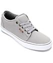 Vans Chukka Low zapatos de skate en gris y blanco