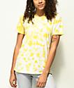 Zine Rayna camiseta amarilla con efecto tie dye