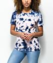 Zine Rayna camiseta con efecto tie dye en rosa y azul