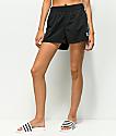 adidas 3 Stripe shorts negros