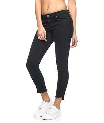Almost Famous Lanie Black Crop Skinny Jeans