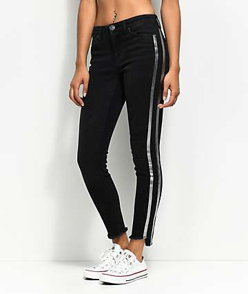Almost Famous Tarah skinny jeans negros con rayas metálicas