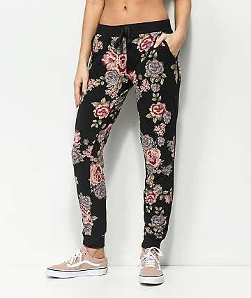 Almost Famous pantalónes deportivos estilo jogger en negro floral