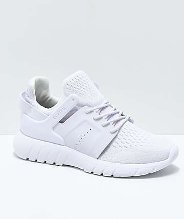 CU4TRO Stunner All White Knit Shoes