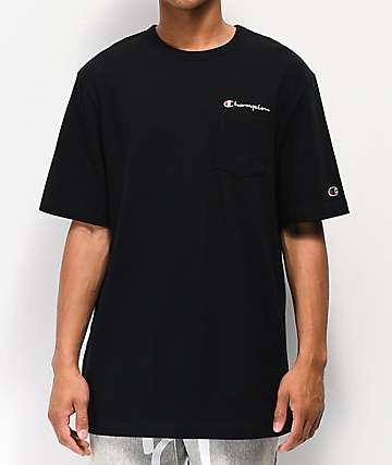 927147ee3 Champion Heritage camiseta negra con bolsillo