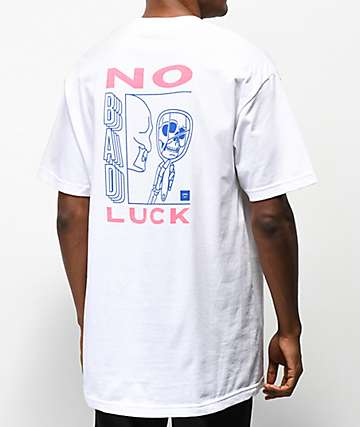 Chomp No Bad Luck camiseta blanca