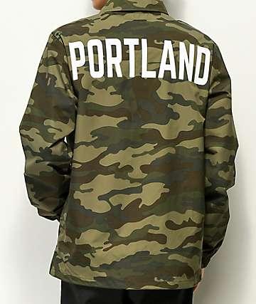 City Chapters Portland chaqueta entrenador en blanco y camuflaje
