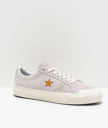 3015e9bd Converse One Star Pro Alexis Sablone zapatos de skate blancos y dorados