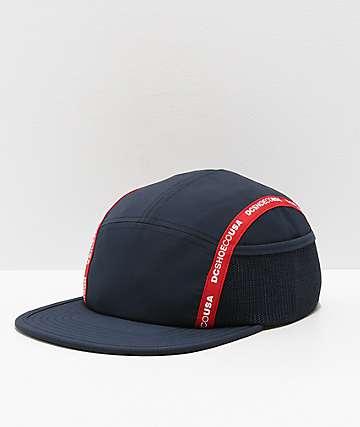 DC Blockage Logo gorra azul marino y roja
