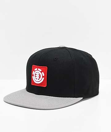 Element United gorra negra y roja con logotipo