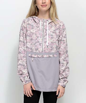 Empyre Aveline chaqueta cortavientos floral y camuflada
