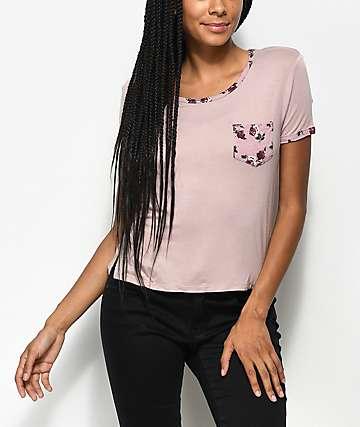Empyre Bertie camiseta en color malva con bolsillo floral
