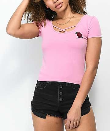 Empyre Dorcey Criss Cross camiseta corta en rosa