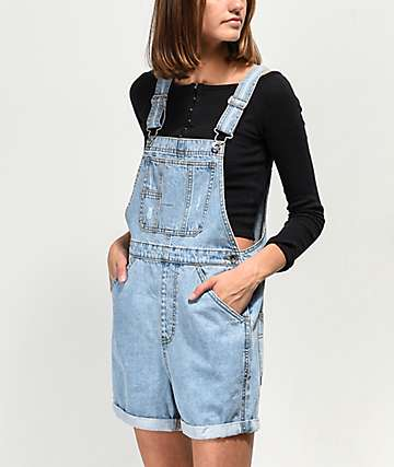 Empyre Maddie Boyfriend Light Wash Overall Shorts