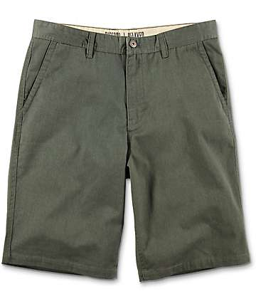 Free World Discord shorts chinos en verde oliva