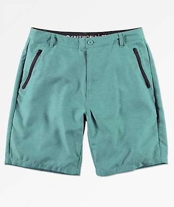 Free World Maverick shorts híbridos en azul marino