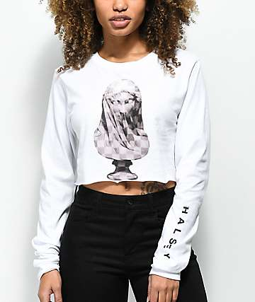 Halsey Checkered Statue White Long Sleeve Crop T-Shirt