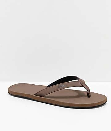 Indosole ESSNTLS Brown Sandals