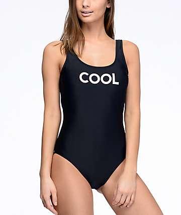 Malibu Cool bañador negro con espalda en U