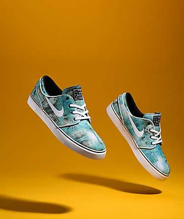 new arrival d8b5d 61497 Nike SB Janoski QS Turbo Green Tie Dye Skate Shoes