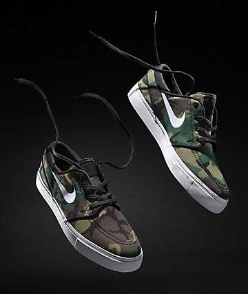 b8e0aca4a Nike SB Janoski zapatos de skate de lienzo en camuflaje y blanco