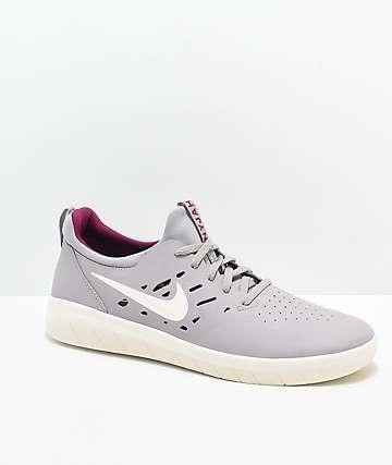 Nike SB Nyjah Free Atmosphere Grey & Berry Skate Shoes