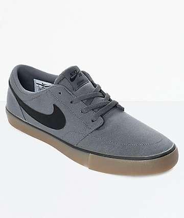 Nike SB Portmore II zapatos de skate de lienzo en gris y goma