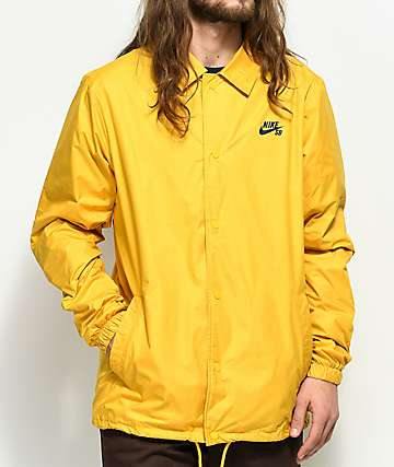 Nike SB Shield chaqueta entrenador en color dorado