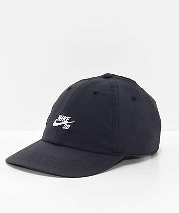 Nike SB True Cap gorra negra y blanca