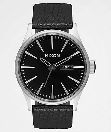 Nixon Sentry Leather Black & Gunmetal Analog Watch