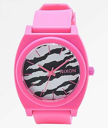 Nixon Time Teller reloj analógico rosa neón y cebra