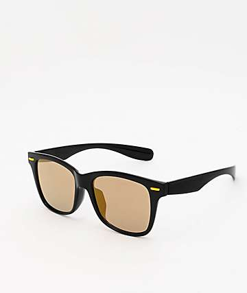 Oversized Black Mirrored Wayfarer Sunglasses