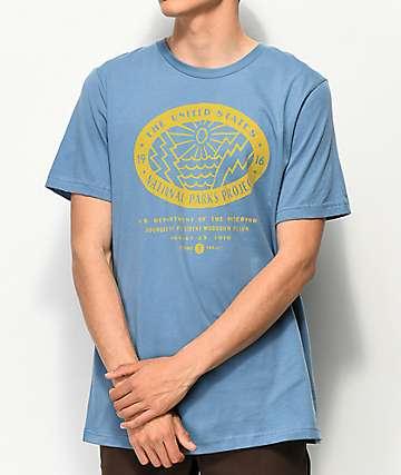Parks Project National Parks camiseta azul y amarilla