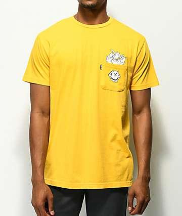 RIPNDIP Stuffed camiseta dorada con bolsillo
