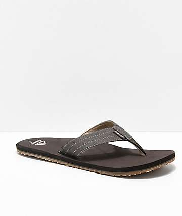 10707cd1d19b Reef Quencha TQT Brown   Gum Sandals