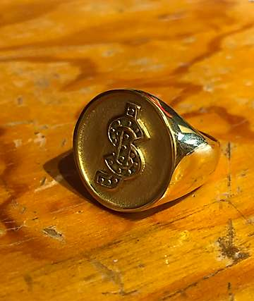 Shake Junt Classic Logo Gold Ring