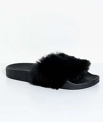 TheWhiteBrand Black Fur Slide Sandals