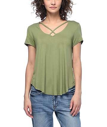 Trillium Regan Crisscross camiseta en color verde olivo