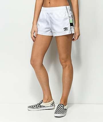Umbro shorts de chándal a cuadros en blanco