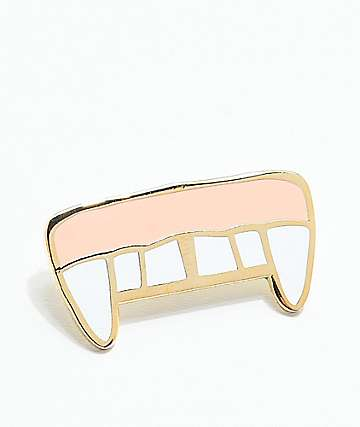Valfre Fangs Pin