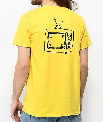WKND TV Logo camiseta amarilla