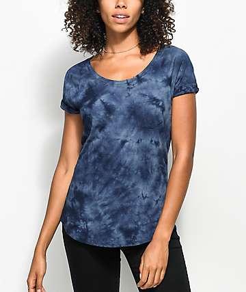 Zine Adriana camiseta azul con efecto tie dye y bolsillo