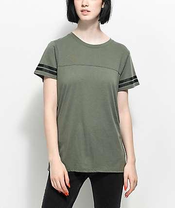 Zine Sherman camiseta en verde olivo con rayas