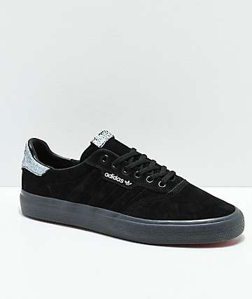 adidas skate shoes black