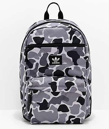 adidas Originals National mochila de camuflaje en negro y gris