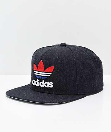 adidas Originals Trefoil gorra en gris, rojo, y azul