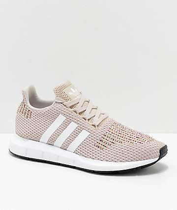 adidas Swift Run zapatos en marrón, blanco y multicolor