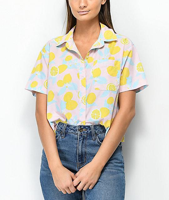 58aa838135 Empyre Lanikai camisa rosa con estampado de limones | Zumiez